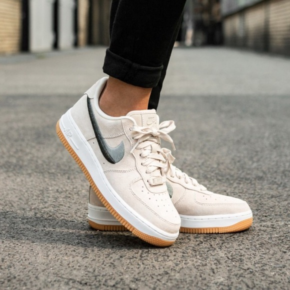 Details about Nike Air Force 1 07 Lx